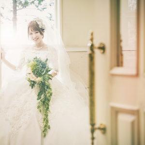 ウェディングドレスでワンショット撮影-フォトウェディング